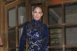 Jennifer Lopez looked sexy in the floor-length dress