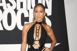 Jennifer Lopez Wanted Apple Pie & New Toilets In Las Vegas Accommodation