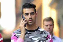 Joe Jonas 'smitten' with Sophie Turner