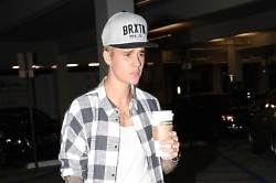 Justin Bieber Ordered To Appear In Argentine Court