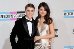 Selena Gomez wants 'peace' with Justin Bieber