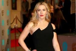 Kate Winslet and Leonardo DiCaprio quote Titanic to each other