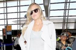 Khloe Kardashian Penning Book About The Power Of Strength