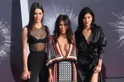 Kim Kardashian West with sisters Kendall and Kylie Jenner at the MTV VMAs