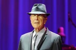Stars pay tribute to Leonard Cohen