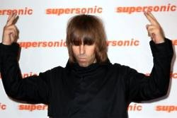 Liam Gallagher accuses Noel of being fake in Twitter rant
