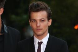 Louis Tomlinson Files For Joint Custody