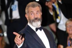 Mel Gibson is supporting Holocaust survivors
