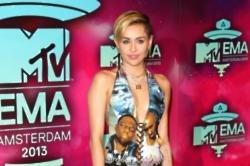 Miley Cyrus helped fan transition
