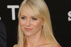 Naomi Watts Discusses The Impossible