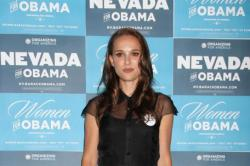 Natalie Portman Worried About Diet In Paris