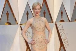 Nicole Kidman eats insects
