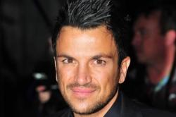 Peter Andre Greets Fans