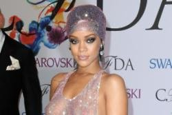 Rihanna regrets losing her virginity