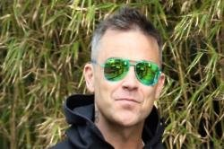 Robbie Williams still faces drug temptation