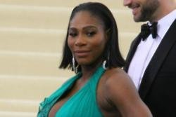 Serena Williams won't retire after giving birth