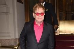 Sir Elton John announces more Vegas shows