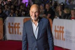 Patrick Stewart plans to watch soccer for the next two months