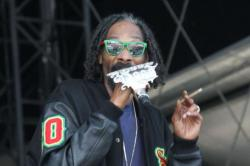 Snoop Dogg to Teach Kids how to Smoke Pot