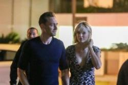 Taylor Swift and Tom Hiddleston split up