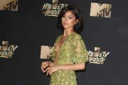Zendaya offers relationship advice