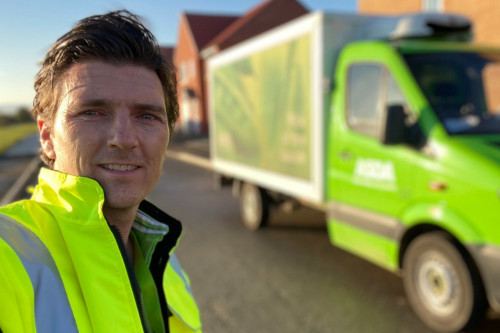 Benidorm`s Asa Elliott`s supermarket delivery job during pandemic