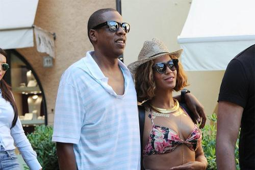 Beyonce & Jay Z House-Hunting in LA
