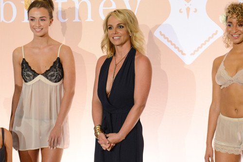 """Britney Spears' friend screams to the star's father: """" He has no compassion """""""
