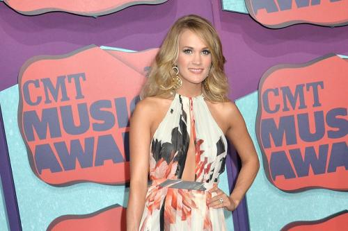 Carrie Underwood Takes Top Prize Cmt Awards 481043