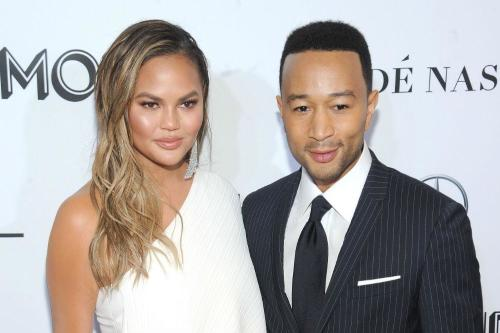 John Legend pays tribute to Chrissy Teigen