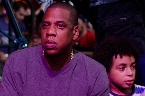 Jay Z Takes the Tube to London Show | Rap-Up