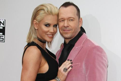 Jenny McCarthy pens love letter to Donnie Wahlberg