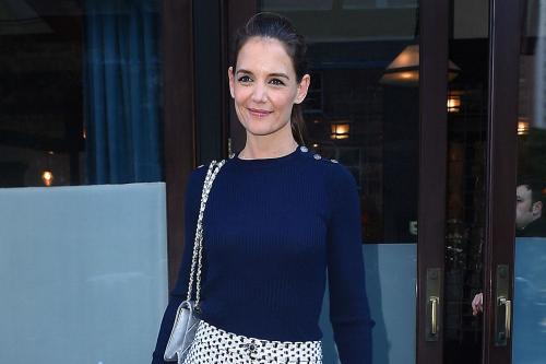 Katie Holmes' holiday bruises
