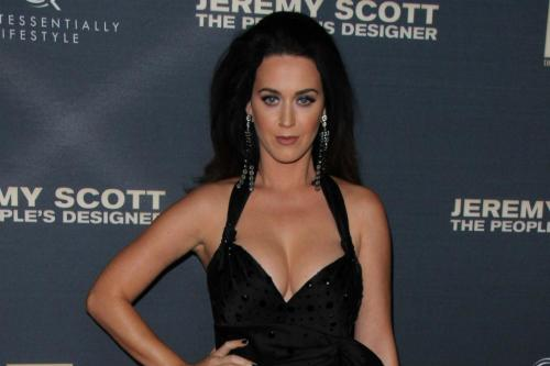 Katy Perry & Orlando Bloom Flirt At Golden Globes