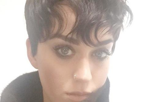 Katy Perry Has Cut Her Hair Like Kris Jenner