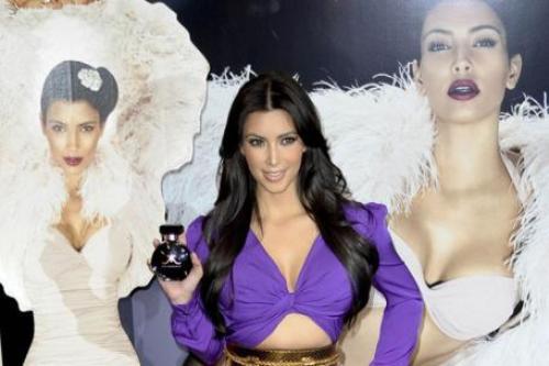 Talk, kim kardashian threesome apologise