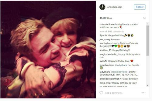 Katy Perry throws surprise party for Orlando Bloom