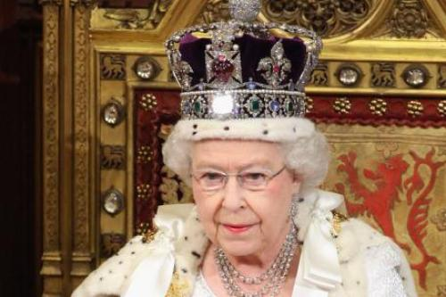 Queen's Crown to Leave Tower of London