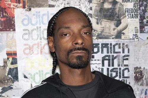 Snoop Dogg AKA Snoop Lion To Take Over Twitter