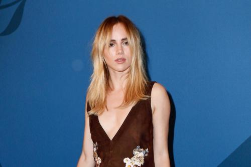 Suki Waterhouse 'spotted kissing ex Miles Kane'