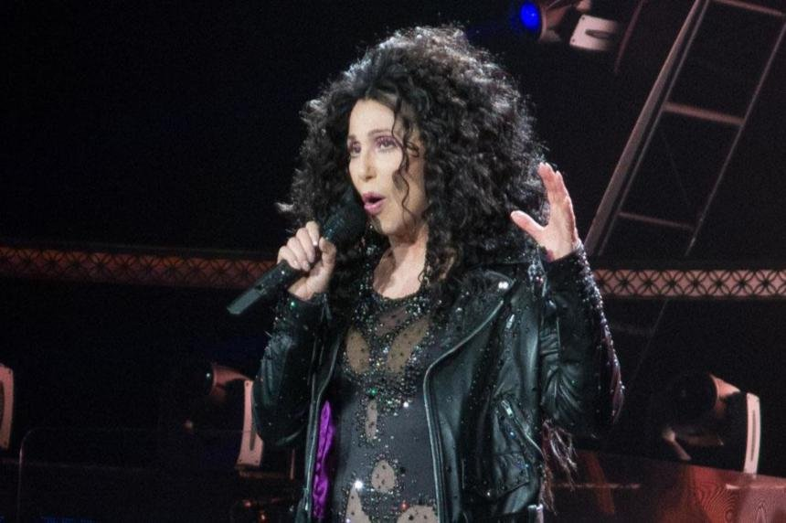 Cher cancels tour due to health issues