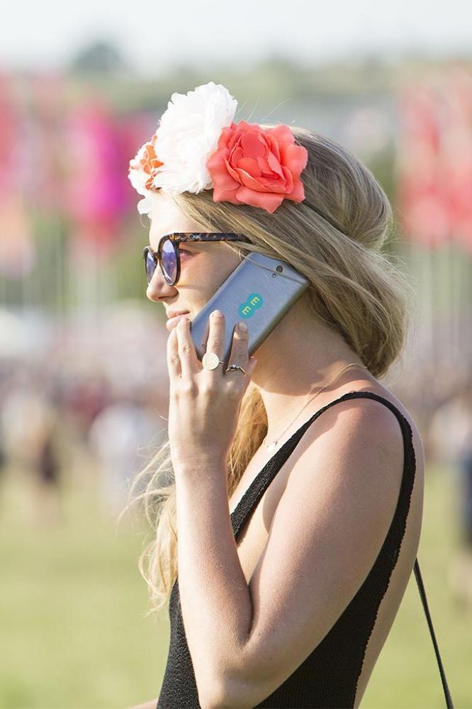 Glastonbury Festival revellers predicted to use 15TB of data