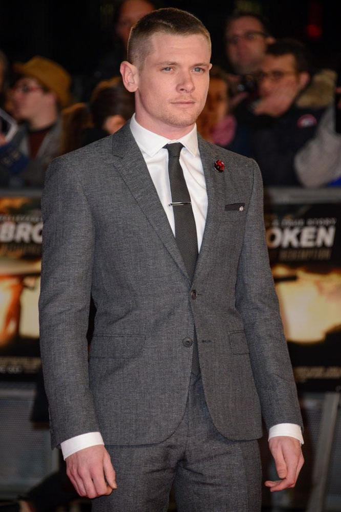 Jack O Connell Is To Play Alexander Mcqueen In New Film