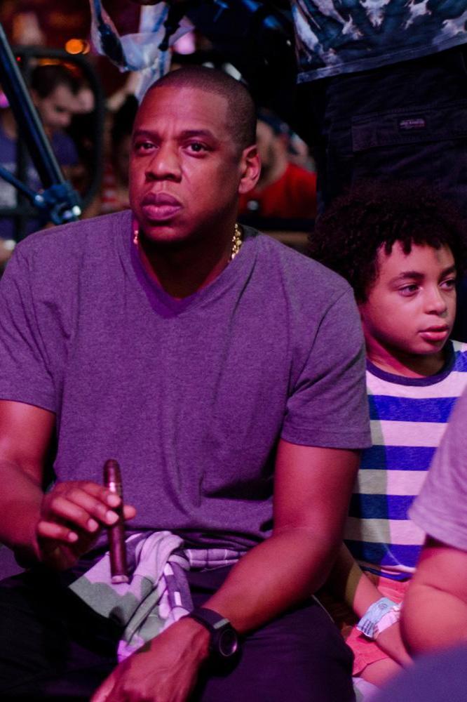 Jay Z and Chris Martin take London Underground to gig