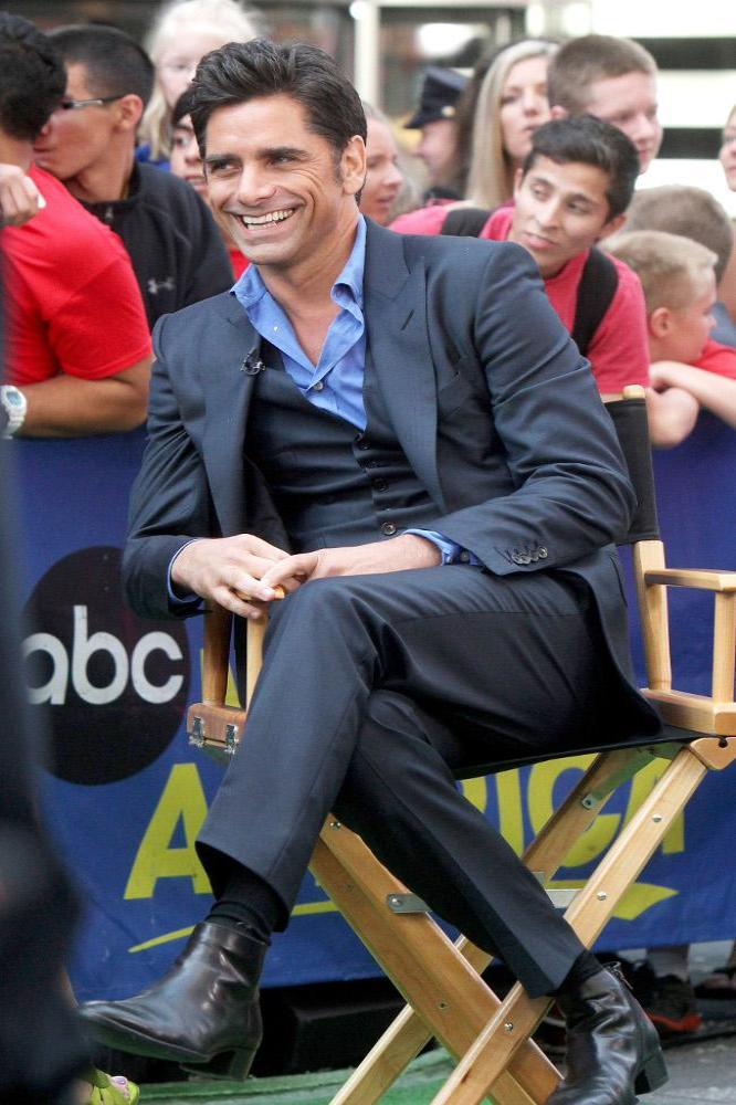 John Stamos Thanks Fans After Arrest