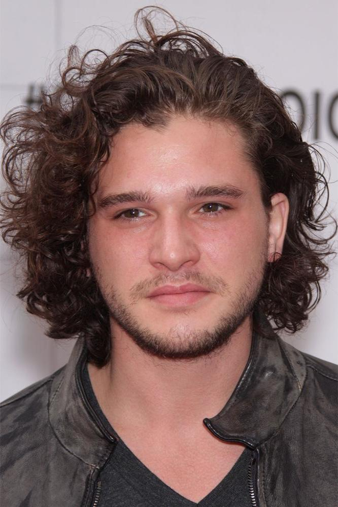 Kit Haringtons Hair Has A Contract