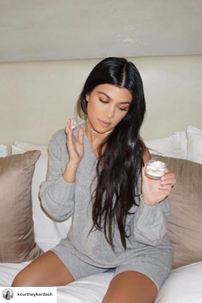 Kris Jenner 'always' tells Kourtney Kardashian to treat ... - photo#14