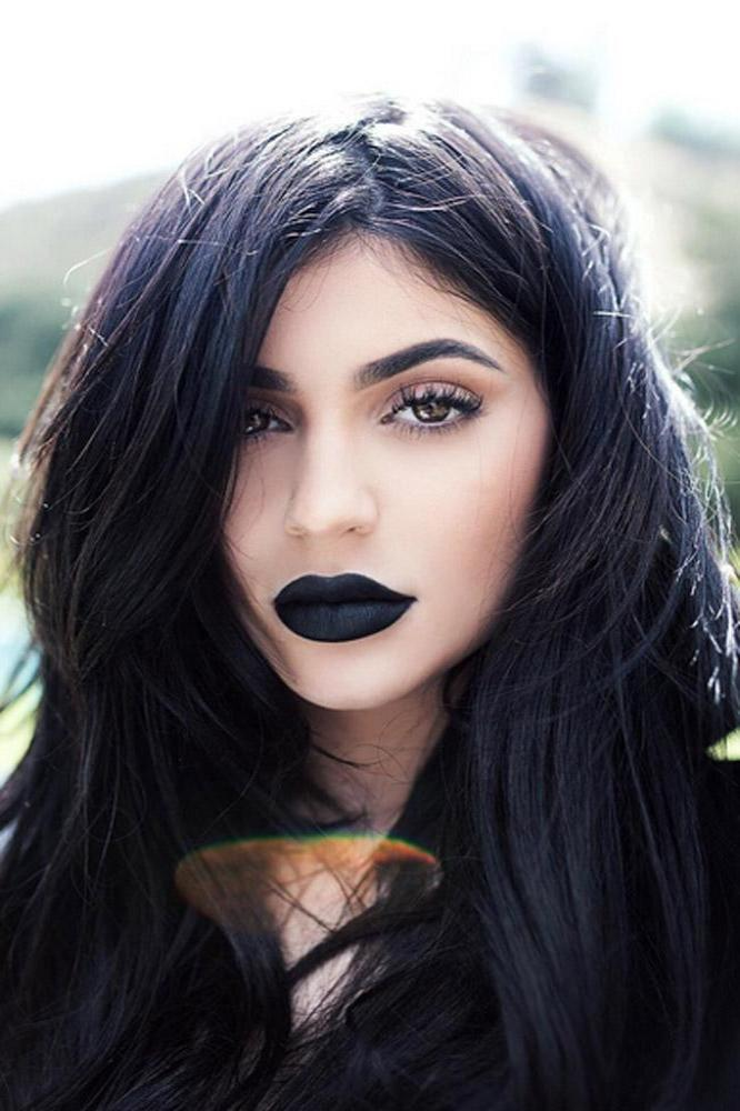 Kylie Jenner Will Launch A Black Lipstick For Kylie Cosmetics