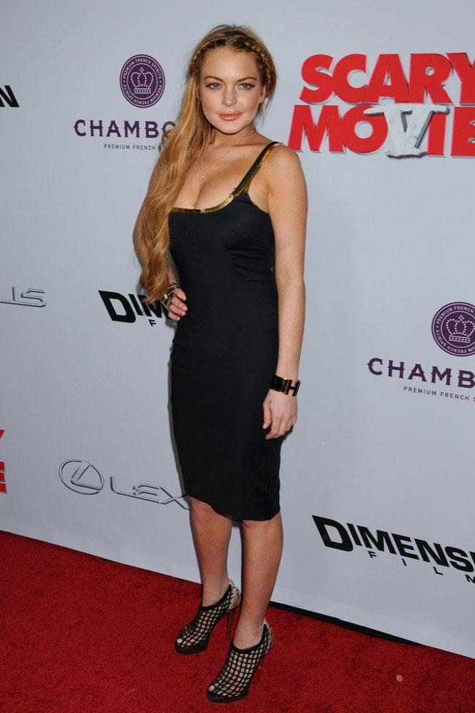 Lindsay Lohan at the Scary Movie 5 premiere