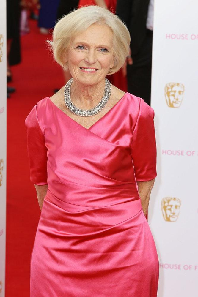Mary berry tries to curb bake off jokes myinforms for Mary berry uk